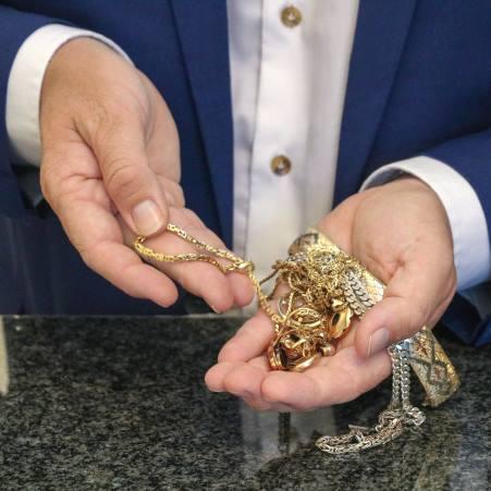 Le prix de l'or est à son niveau le plus haut depuis six ans